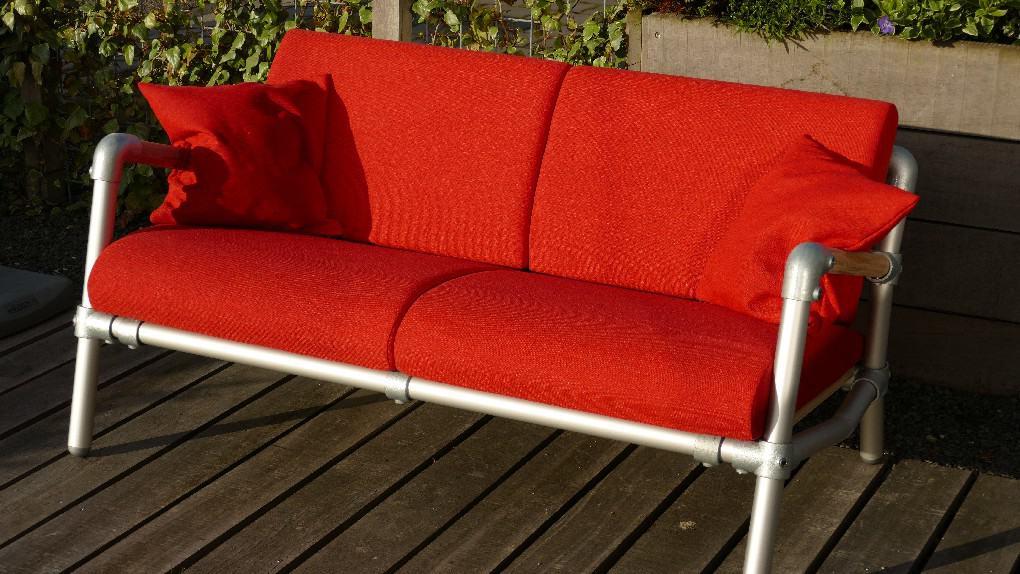 rood lounge bankje