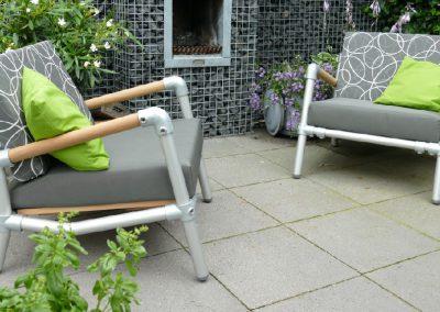 lounge stoelen voor buiten in de tuin