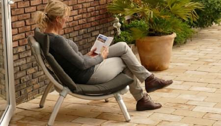 design loungestoel voor in de tuin