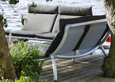loungebanken voor buiten in de tuin in antraciet grijs
