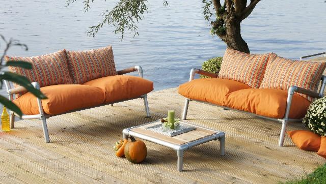 tuin loungebank voor buiten uitgevoerd als kleurrijk loungeset.