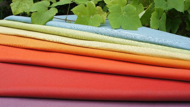 buitenstoffen in verschillende kleuren