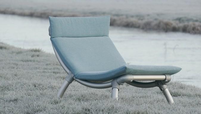 ook in de winter loungestoel voor in de tuin