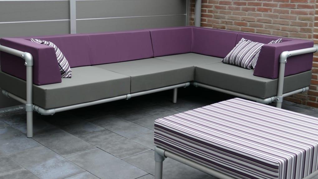 steigerbuizen loungebank met paarse rug kussens