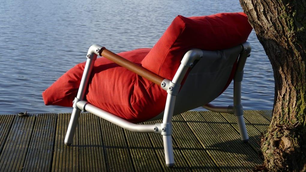 duurzame loungestoel voor in de tuin