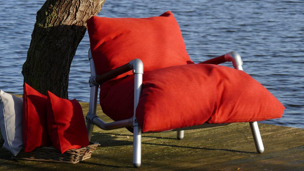 buiten loungestoel kleur rood
