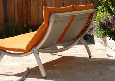 lounge tuinbank in de kleur oranje