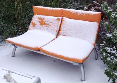 lounge tuinbank in de winter