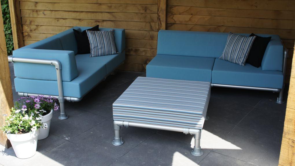 loungebanken op maat gemaakt. Een 2-zit loungebank en een chaise longue