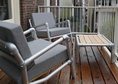 lounge stoelen voor op het balkon of terras