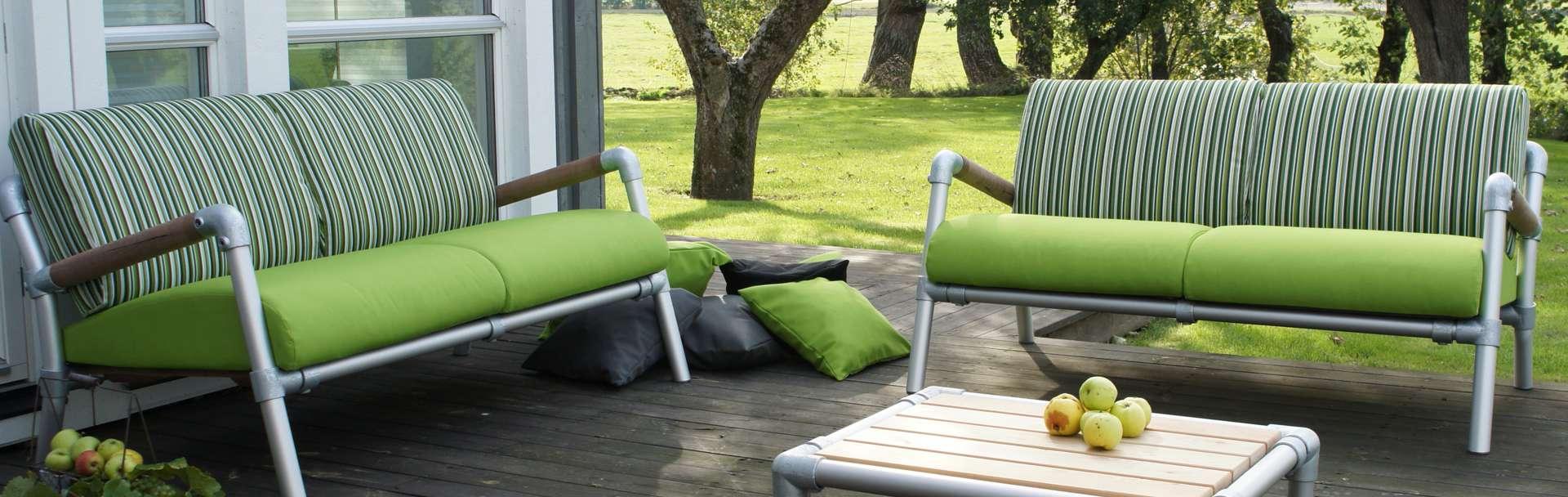 loungebanken tuin in de kleur groen
