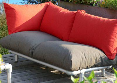 chaise longue voor in de tuin