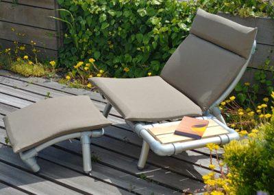 design lounge stoel voor in de tuin