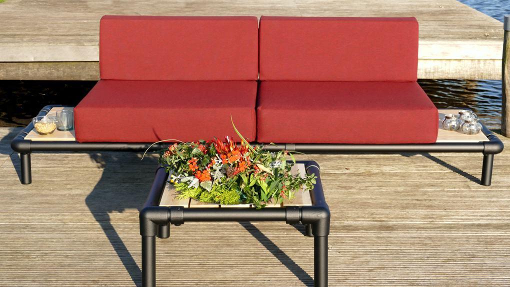 loungebank voor in de tuin in de kleur geel