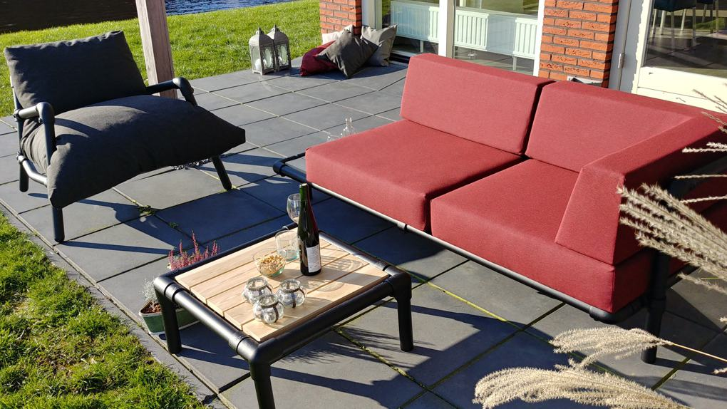 loungebank voor in de tuin industrieel design