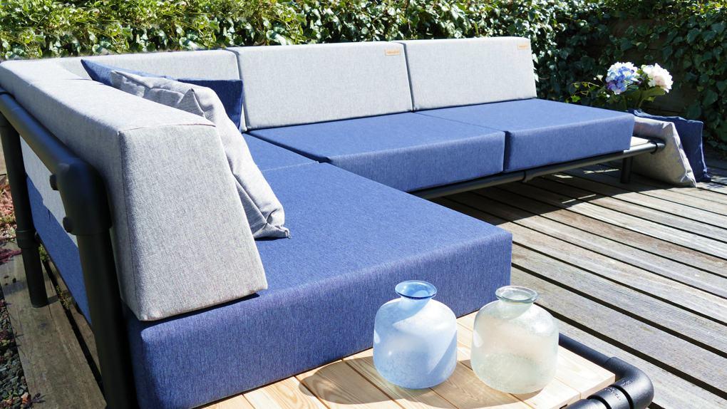 lounge hoekbank voor in de tuin